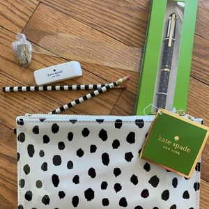 Kate spade pencil pouch and pen set